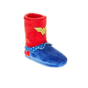 Other - Wonder Woman Slipper (child) NWT Unisex IMO